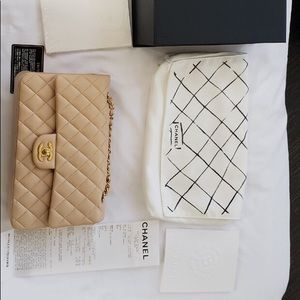 Chanel lambskin classic medium handbag